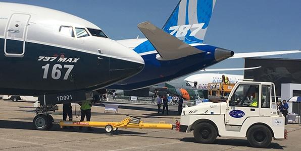 Avion 737 MAX 167